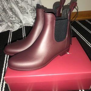 Merona Target Brand New Rain Booties Berry Size 9